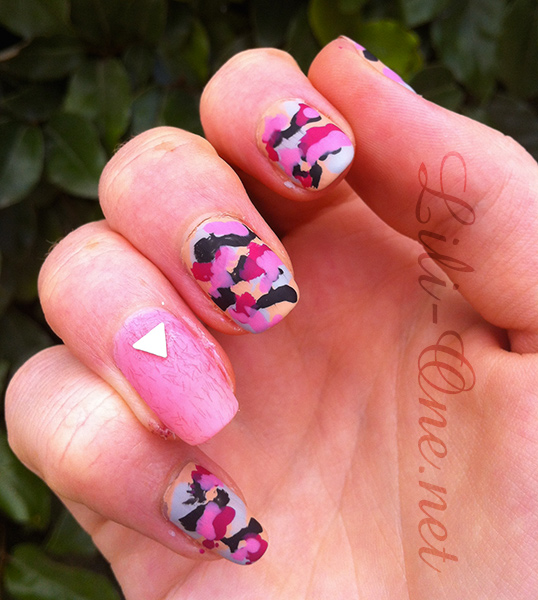 Nailstorming – Army nails